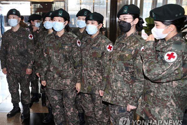 Số ca nhiễm Covid-19 tăng vọt, Hàn Quốc chi khẩn hơn 229 ngàn tỷ dập dịch