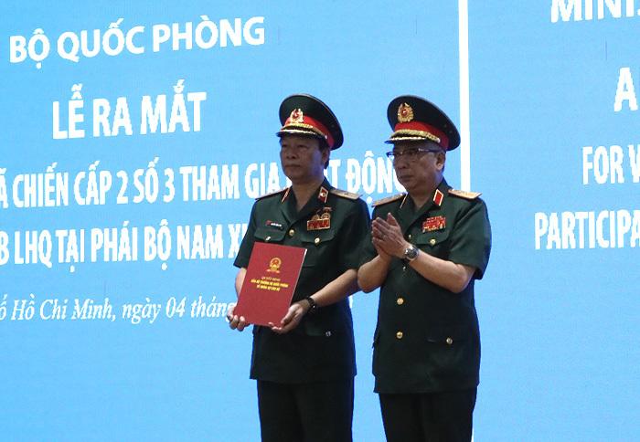 Ra mắt bệnh viện dã chiến cấp 2 số 3 tham gia gìn giữ hòa bình LHQ