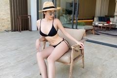 Kỳ Duyên lại khoe đường cong với bikini nhỏ xíu