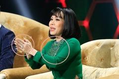 Việt Hương bị MC trêu vì khoe nhẫn kim cương, dây chuyển 'khủng'