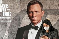 Bom tấn '007' mới bị hoãn chiếu tới cuối năm
