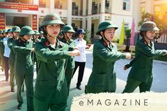 Trăm cô gái ở trường quân sự, mê làm chiến sĩ quyết chí luyện rèn