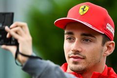 Top 5 tay đua 'đốt mắt' phái đẹp ở F1 mùa 2020