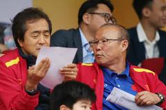 Hết cách ly, thầy Park vào TP.HCM xem Sài Gòn đấu SLNA