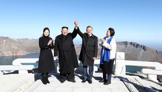 Kim Jong Un gửi thư thăm hỏi Hàn Quốc, tin tưởng vượt qua dịch bệnh