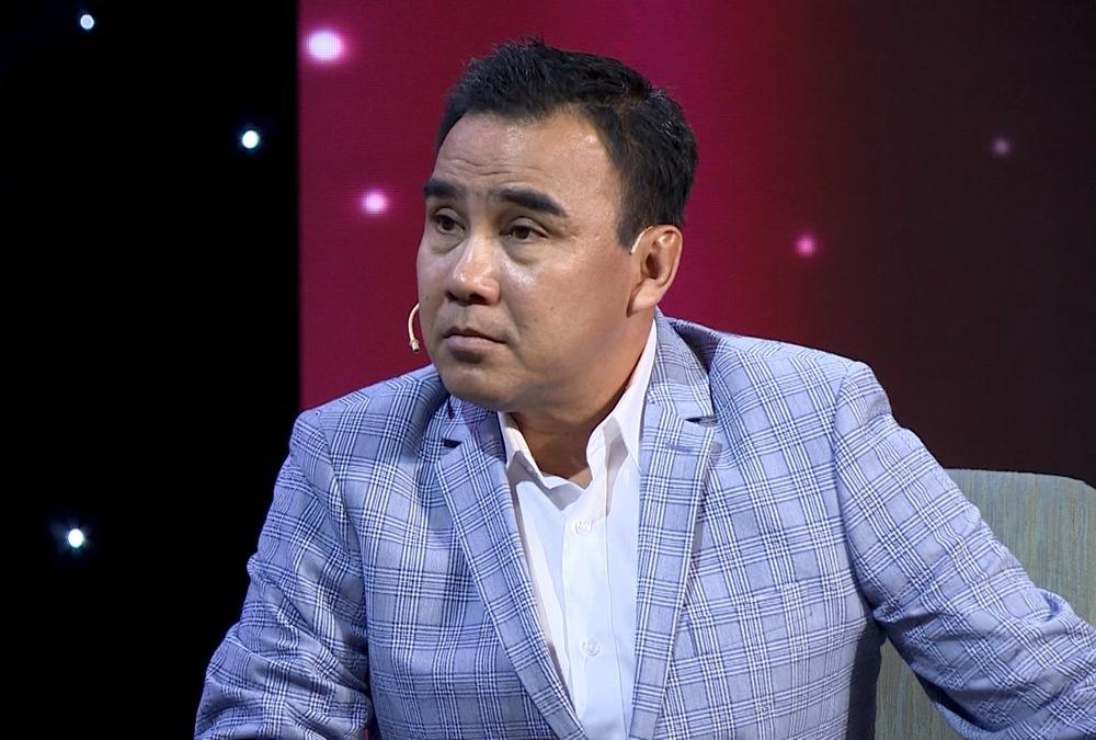 Quyền Linh phản đối Lê Hoàng 'khinh' tiền như rác