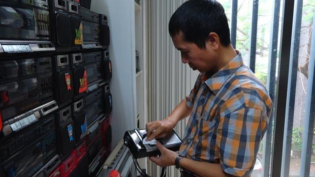 Bộ sưu tập 1.000 chiếc đài cassette cổ gần 1 tỷ tại Hà Nội