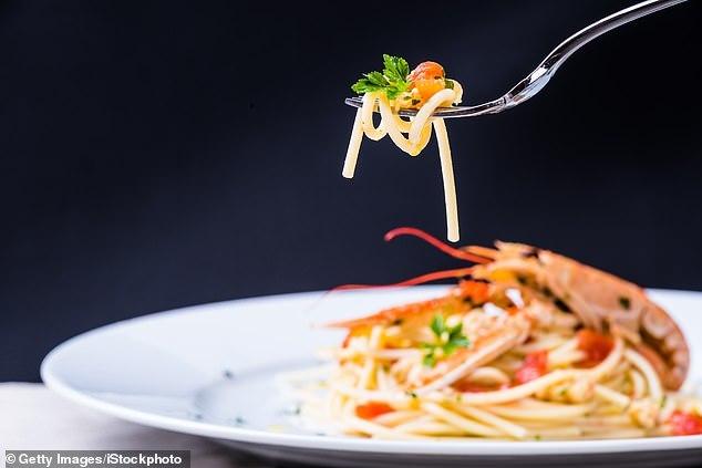 Tiết lộ khiến bạn 'ngã ngửa' về những món ăn đắt tiền ở nhà hàng hạng sang