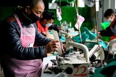Doanh nghiệp nước ngoài rời bỏ, TQ sẽ trở thành 'nền kinh tế rỗng'