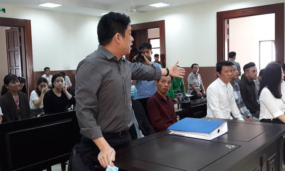 Bị vợ cũ chém, bác sỹ Chiêm Quốc Thái tung chứng cứ bà Hoa Sen liên quan