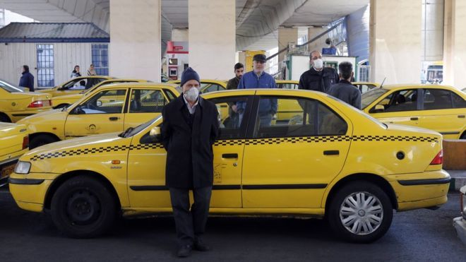 Coronavirus: Iran limits travel and urges banknote avoidance