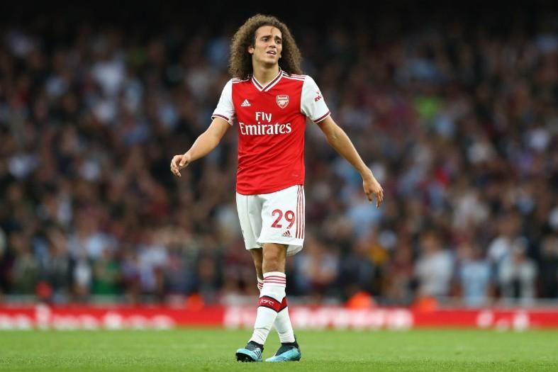 Arsenal thanh trừng 3 'ông kễnh', gom tiền mua sắm
