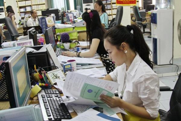 Điều kiện công chức được nâng lương trước hạn