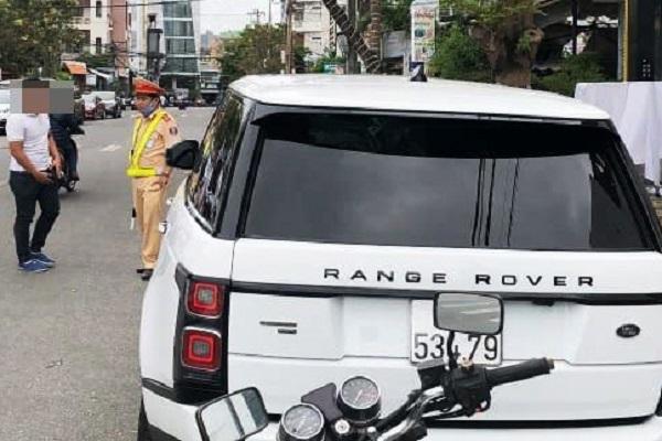 Chạy xe Range Rover gắn biển số giả, tài xế bị phạt 22,5 triệu