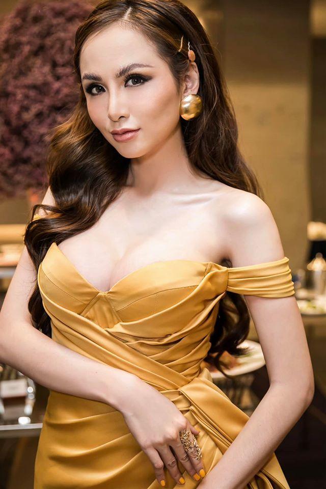 Hoa hậu Diễm Hương 'đột ngột' thay đổi thế nào ở tuổi 30?