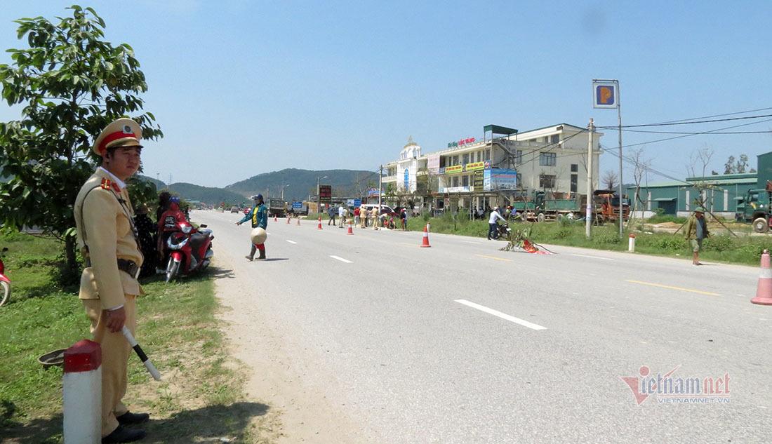 Trên đường về quê, 2 mẹ con bị xe tải cán tử vong ở Nghệ An