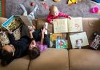 Trẻ lớn lên trong ngôi nhà có từ 80 cuốn sách sẽ đọc viết, tính toán tốt hơn