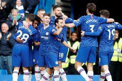 Hàng công bùng nổ, Chelsea đè bẹp Everton