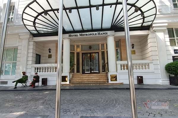 Hà Nội tạm dừng hoạt động khách sạn Metropole do từng có khách mắc Covid-19