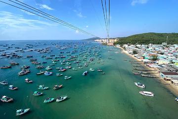 Bay Phú Quốc nạp 'vitamin biển' với chỉ 10 ngàn đồng