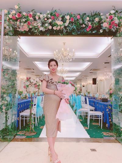 Doanh nhân 9x Dung Trương khởi nghiệp thành công nhờ mỹ phẩm Sắc Hồng