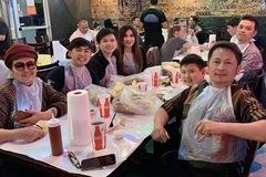 Trizzie Phương Trinh cùng tình mới ăn tối với Bằng Kiều