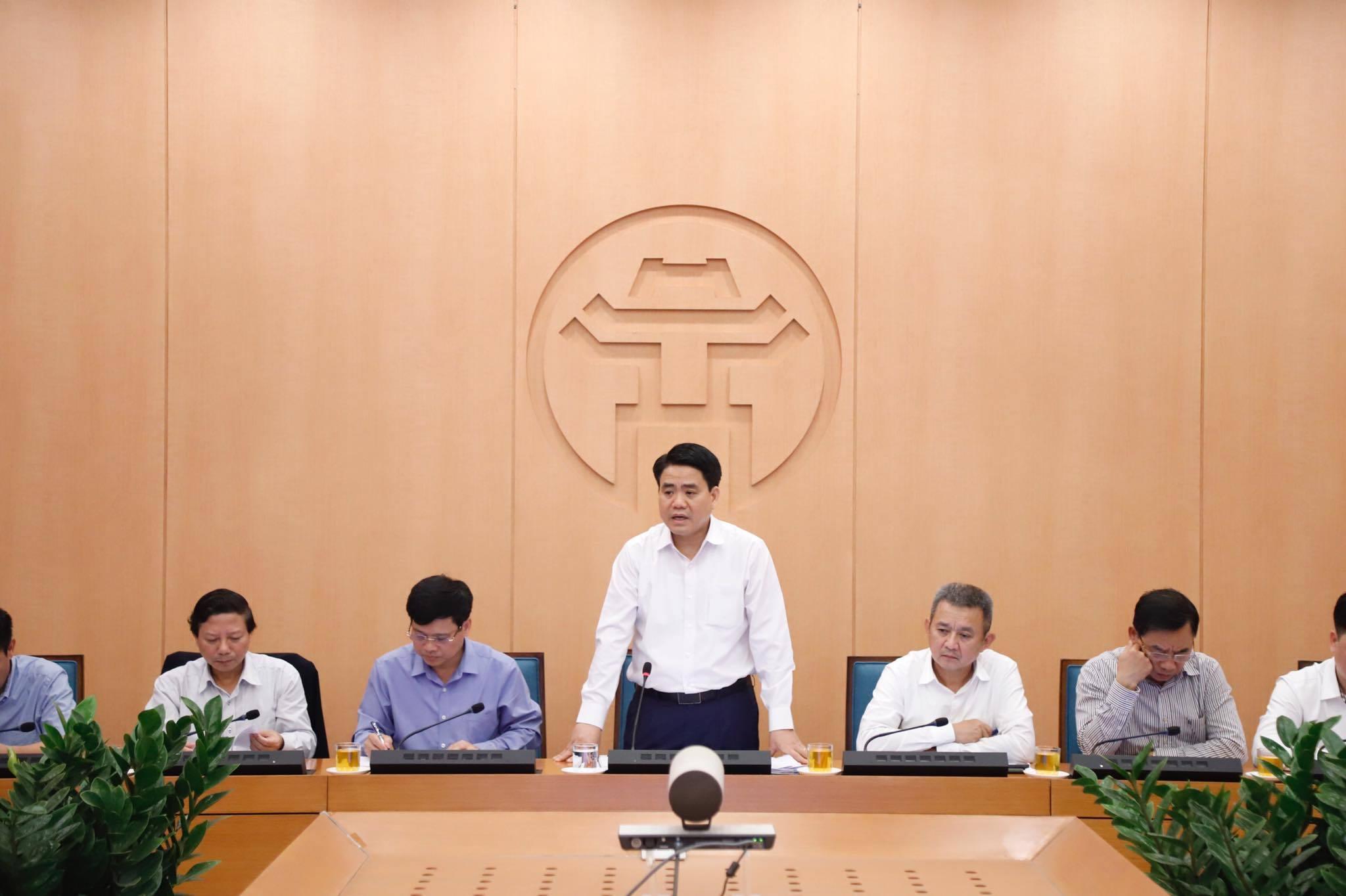 Chủ tịch Hà Nội: Hành khách VN0054 cách ly tại nhà vẫn đi ra ngoài