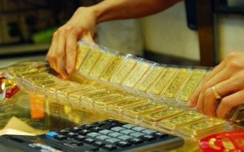 Giá vàng hôm nay 10/3, tụt giảm bất ngờ, lấy đà tăng tiếp