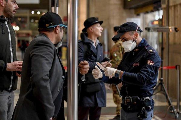 Italia đang đối mặt với 'thời khắc đen tối nhất'