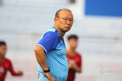 """Tuyển Việt Nam: """"Tre"""" chưa vững, thầy Park vẫn... cậy già"""