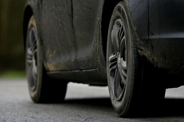 Ăn mòn lốp xe và phanh gây ô nhiễm gấp 1000 lần so với khí thải ô tô