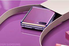 Galaxy Z Flip: Xu hướng công nghệ song hành cùng thời trang