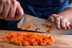7 mẹo sử dụng dao chuyên nghiệp trong nhà bếp
