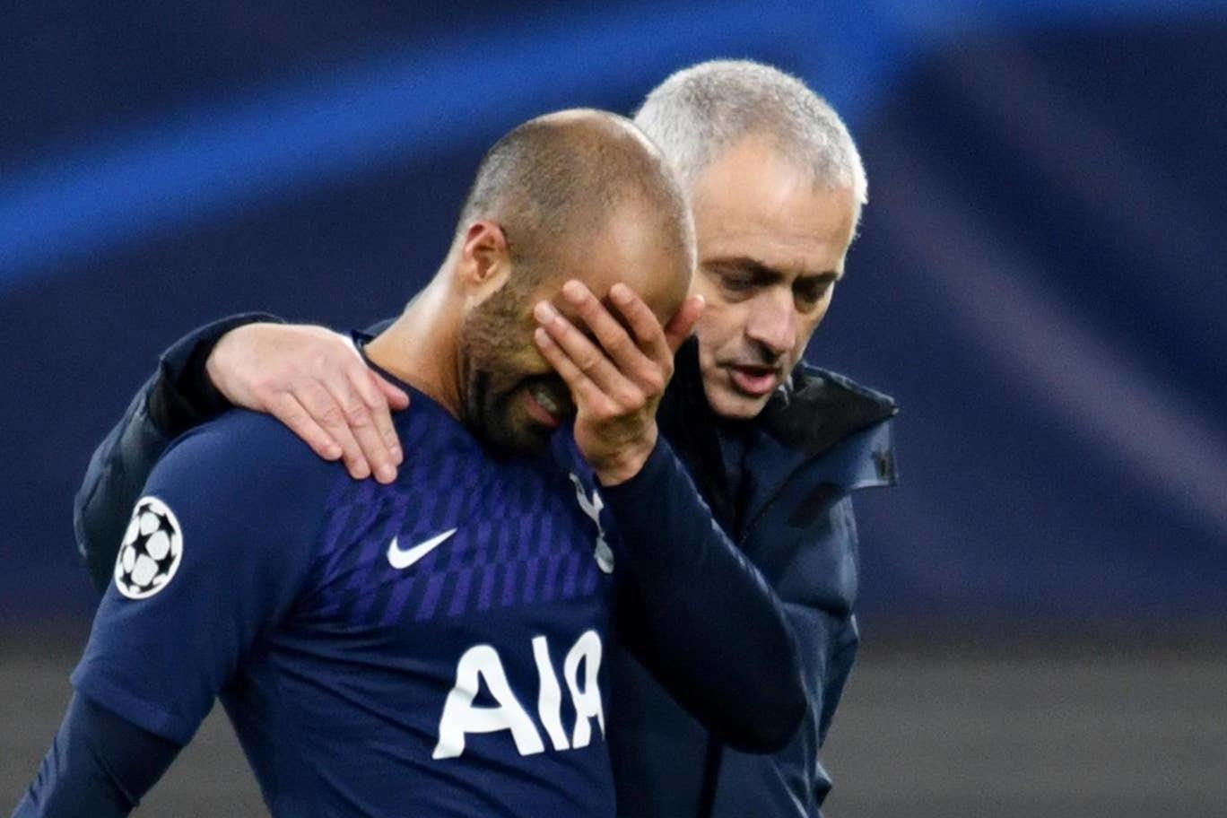 Sa thải Mourinho ngay, Tottenham bết bát quá rồi