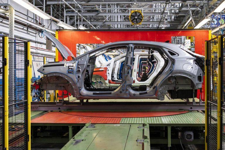 Lại có thêm nhân viên của Ford ở Đức nhiễm Covid-19