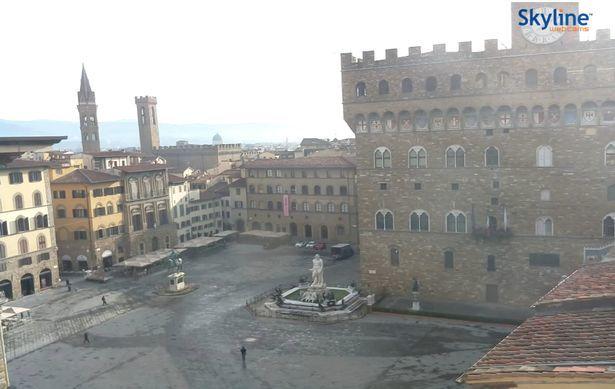 Các điểm nổi tiếng Italia vắng tanh giữa lệnh phong toả do Covid-19