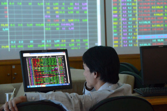 VN Index falls amid Covid-19 fears
