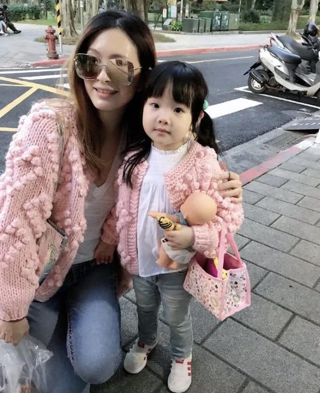 Mỹ nhân Đài Loan xuất huyết não, hôn mê sâu