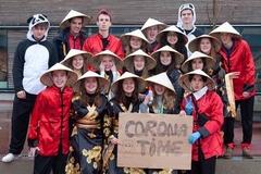 Mạng xã hội bất bình vì nhóm học sinh chế giễu người châu Á