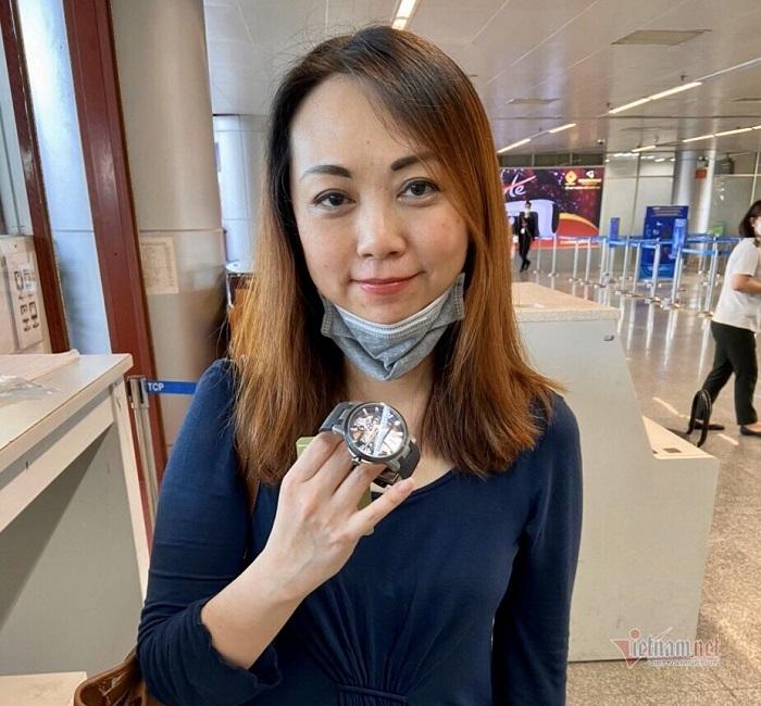 Đại biểu ASEAN nhận lại đồng hồ gần 1 tỷ bỏ quên ở sân bay Đà Nẵng