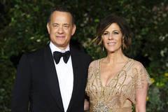 Vợ chồng diễn viên Tom Hanks dương tính với COVID-19