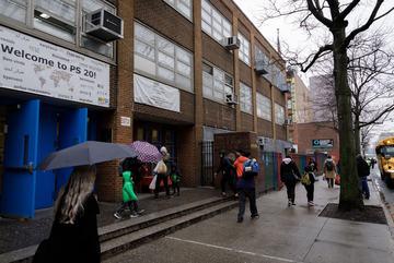 """New York: Tại sao đóng cửa trường công lại là """"phương án cuối cùng""""?"""