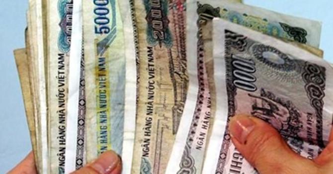 Ngân hàng Nhà nước yêu cầu khử khuẩn tiền cũ phòng Covid-19