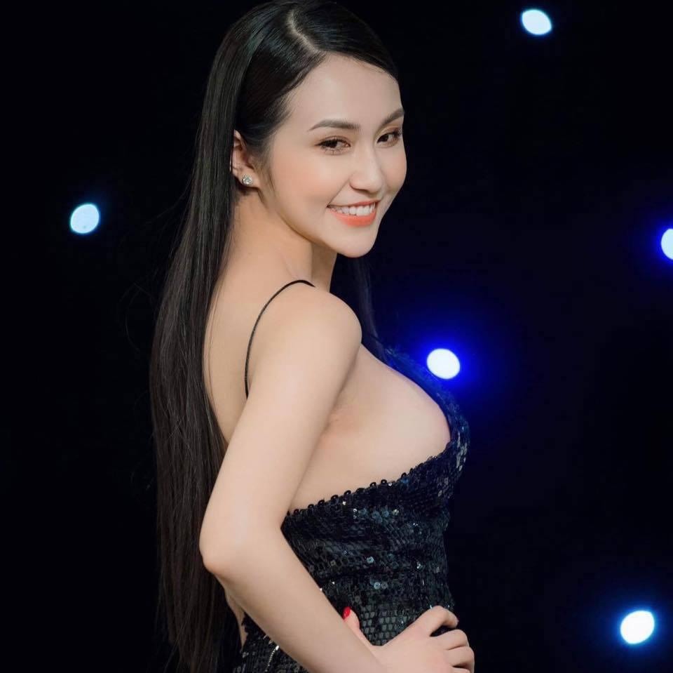 Vợ Tuấn Hưng: 'Gái 3 con' vẫn sexy nghẹt thở