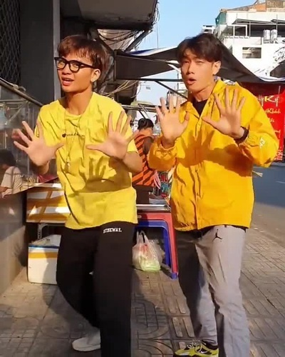 Tài tử điển trai Hong Kong gây sốt khi nhảy theo bài 'Ghen cô Vy'