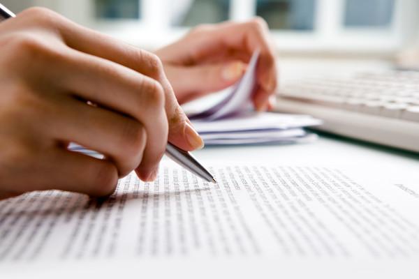 Đề nghị ngăn chặn cấm xuất cảnh khi yêu cầu thi hành án