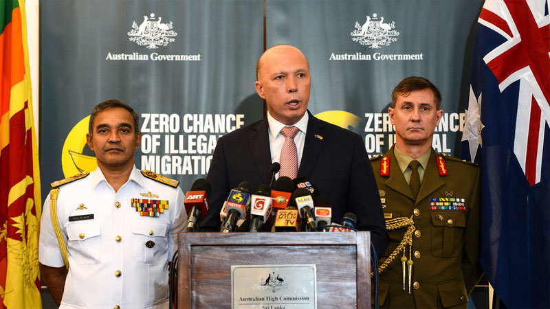 Bộ trưởng Nội vụ Australia nhập viện vì dương tính Covid-19
