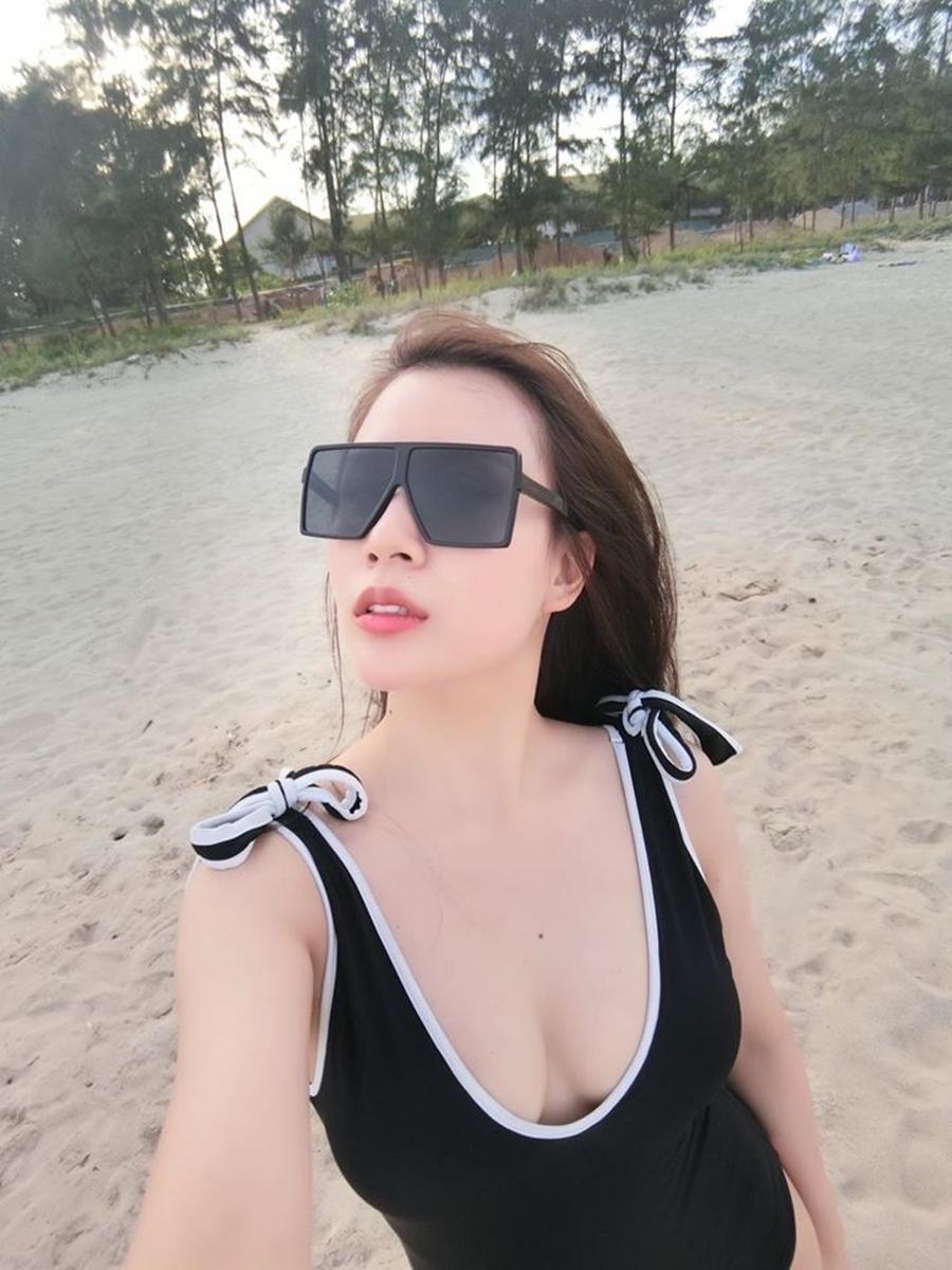Nhan sắc cựu tiếp viên hàng không hiện là vợ MC Thành Trung