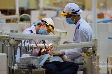 Bộ Giáo dục khuyến cáo lưu học sinh cân nhắc việc về Việt Nam trong bối cảnh hiện nay