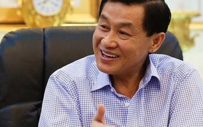'Vua' hàng hiệu đi bán phở, Johnathan Hạnh Nguyễn thu 1 tỷ/ngày